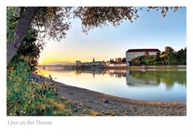 Linz an der Donau - Sonnenaufgang in Alturfahr